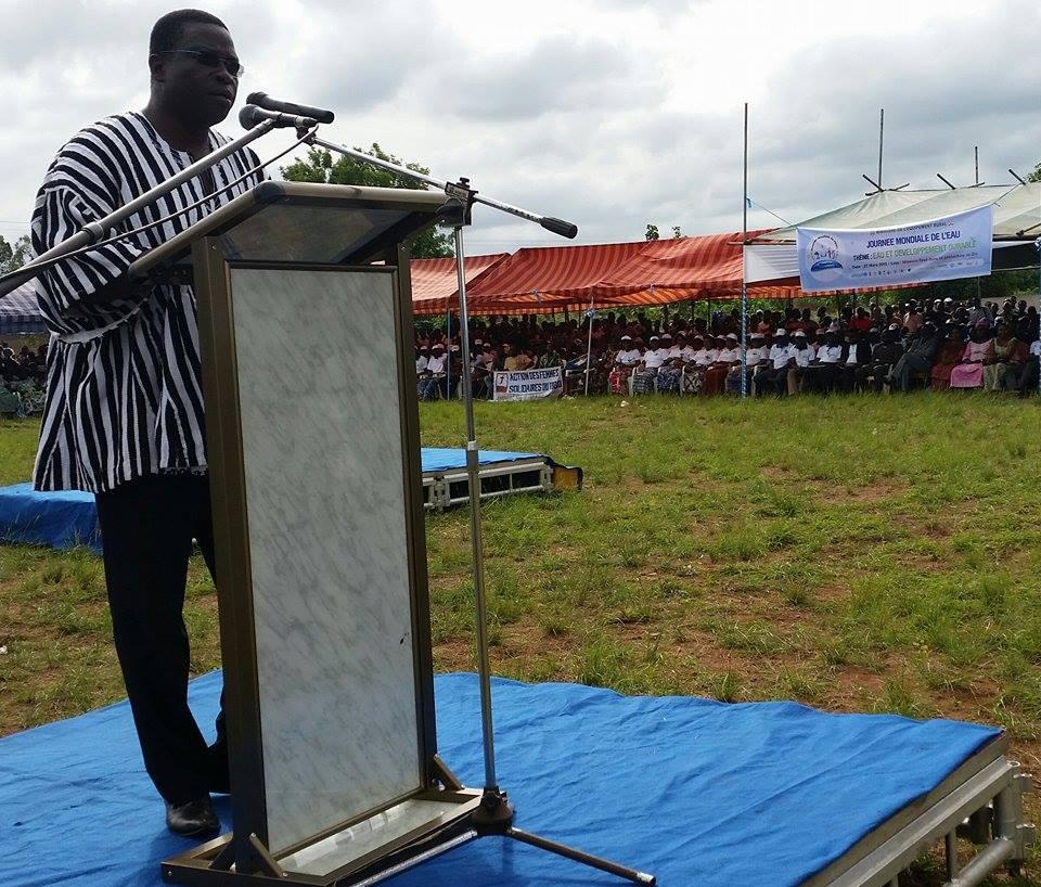 Bissoune Nabagou, Min. togolais de l'Equipement rural lors de son intervention